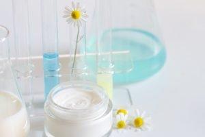 Produkcja kosmetyków luksusowych i marek premium - najwyższej jakości kosmetyki pielęgnacyjne kontraktowy producent kosmetyków, kosmetyki na zlecenie ioc producent kosmetykow 427114921
