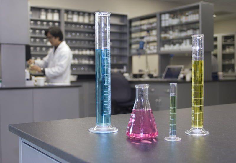Produkcja kosmetyków luksusowych i marek premium - najwyższej jakości kosmetyki pielęgnacyjne kontraktowy producent kosmetyków, kosmetyki na zlecenie ioc producent kosmetykow 9217891